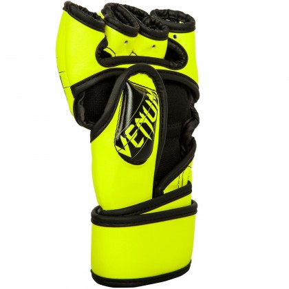 [READY STOCK] VENUM UNDISPUTED 2.0 MMA Grappling Gloves Sport Gloves Boxing Gloves UFC Gloves - Green